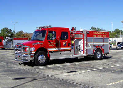 ANNAWAN ALBA  ENGINE 1562  2017 FREIGHTLINER -    TODD HEALEY PHOTO