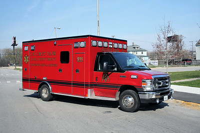 CALUMET PARK AMBULANCE 2222  FORD E450