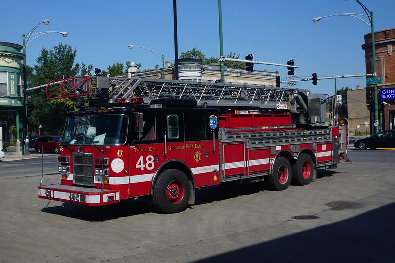 CHICAGO  TRUCK 48   2002 PIERCE DASH  100'  MATT SCHUMAN PHOTO