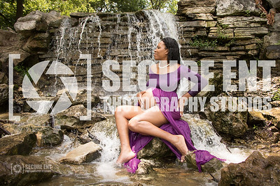 CHARI ROBINSON MATERNITY PHOTOSHOOT