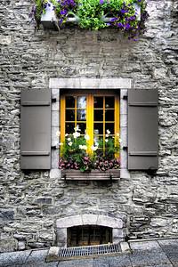 La Fenêtre Jaune - Vieux Québec, Canada