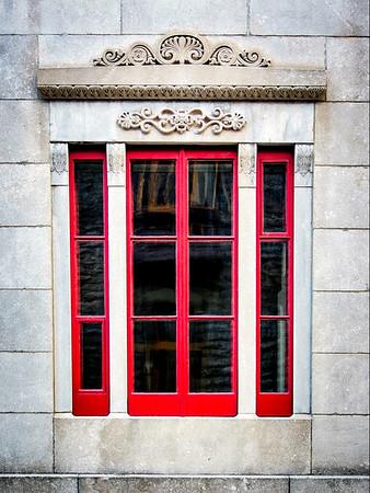 Interesting Window - Vieux Québec, Canada