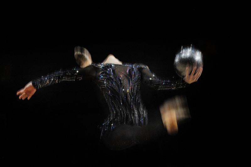 RIZATDINOVA GANNA (UKR)<br /> BALLON<br /> <br /> Internationaux de GRS de Thiais - 27 et 28 Mars 2010<br /> Gymnastique Rythmique et sportive<br /> © Christophe Bricot