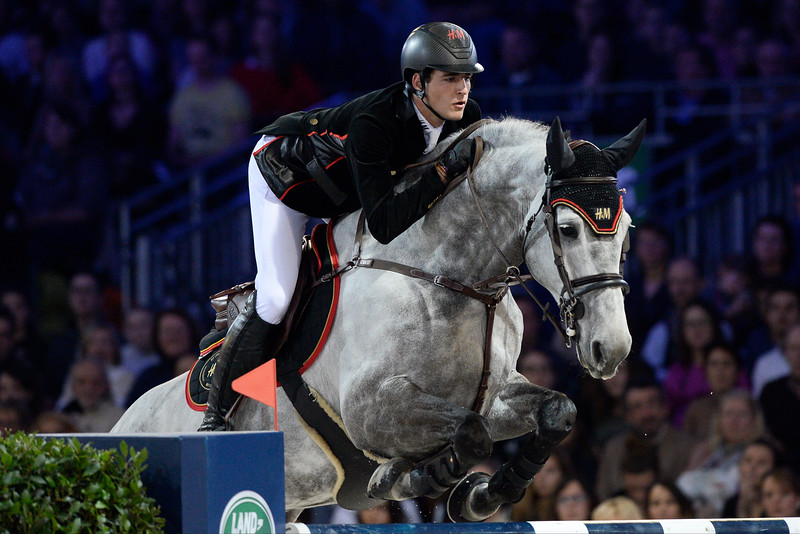 France, Villepinte : Edwina Tops-Alexander  riding California during the Grand Prix of the Longines Masters Paris, on December 4th , 2016, in Villepinte, France - Photo Christophe Bricot