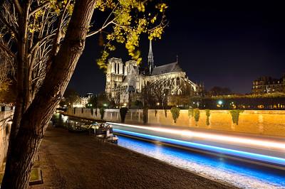 Paris by night, night photo shooting,
