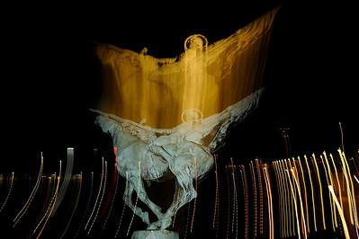 STATUE EQUESTRE : PONT DE BIR-HAKEIM (PARIS 15E) Le cheval à Paris Reportage photo sur le thème du cheval à et dans Paris.Où monter à cheval à Paris, les monuments, les statues équestres dans Paris. © Christophe BRICOT