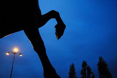 STATUE EQUESTRE  MUSEE D'ORSAY - CHEVAL A LA HERSE  (DE PIERRE LOUIS ROUILLARD)  SUJET : LE CHEVAL À PARIS Paris, le cheval. Thème le chaval dans Paris, à Paris, actuellement ou anciennement. Sujet magazine sur le passé, le présent et le futur autour du thème cheval à Paris. © Christophe BRICOT
