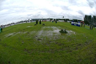 TERRAIN EN HERBE Grand Prix courru sur la piste en sable pour cause d'intemperries  CSI*** de Deauville 2007 GRAND PRIX © Christophe Bricot