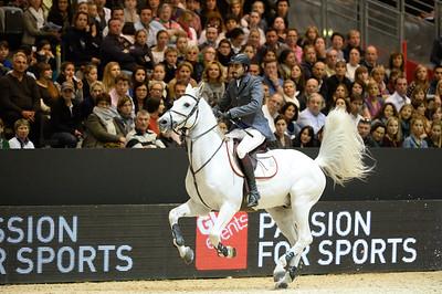 France, Lyon :  Sheik Ali bin Khaled AL THANI (QAT) riding on CANTARO 32  during the Longines Grand Prix 2013  - LONGINES FEI WORLD CUP™- Equita Lyon 2013 - Photo Christophe Bricot