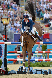 EQUITATION - 333 DELESTRE Simon sur NAPOLI DU RY - FINALE INDIVIDUELLE JUMPING - JEUX OLYMPIQUES DE LONDRES 2012 - OLYMPICS GAMES IN LONDON -  PHOTO : © CHRISTOPHE BRICOT
