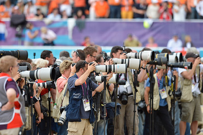 EQUITATION - LES PHOTOGRAPHES LORS DES REMISES DE PRIX FINALE INDIVIDUELLE JUMPING - JEUX OLYMPIQUES DE LONDRES 2012 - OLYMPICS GAMES IN LONDON -  PHOTO : © CHRISTOPHE BRICOT