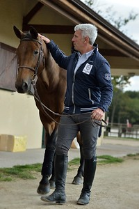 France, Barbizon : Roger-Yves Bost at home for a photo shooting with Castle Forbes Myrtille Paulois , on october 8th, 2013 in Barbizon, Haras des Brulys. -  Photo Christophe Bricot