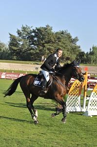 JUMPING : ALEXIS GAUTIER ET HELIOS DE LA COUR II _ CHAMPION DE FRANCE 2011 - CHAMPIONNAT PRO ELITE GENERALI - MASTER PRO - CHAMPIONNAT DE FRANCE 2011 - © CHRISTOPHE BRICOT