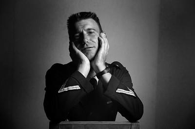 LE CAVALIER FRANCAIS FABRICE LUCAS LORS D'UNE PRISE DE VUE EN STUDIO PENDANT LE CONCOURS COMPLET DU HARAS DE JARDY - DERNIÈRE EPREUVE DU CIRCUIT GRAND NATIONAL - JARDY - MARNE LA COQUETTE (92) - © CHRISTOPHE BRICOT