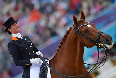 EQUITATION - CORNELISSEN ADELINDE SUR PARZIVAL DRESSAGE - JEUX OLYMPIQUES DE LONDRES 2012 - OLYMPICS GAMES IN LONDON -  PHOTO : © CHRISTOPHE BRICOT