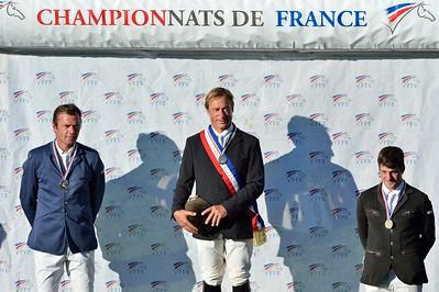 JUMPING : PODIUM  DE GAUCHE A DROITE : AYMERIC DE PONNAT (2E ARMITAGES BOY) , MICHEL HECART (QUATRIN DE LA ROQUE), CHAMPION DE FRANCE 2012 - AYMERIC AZZOLINO (3E LOOPING D'ELLE) - CHAMPIONNAT DE FRANCE PRO ELITE 2012 - 30 SEPTEMBRE 2012 - FONTAINEBLEAU - © CHRISTOPHE BRICOT