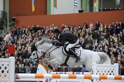 DANIEL DEUSSER SUR UNTOUCHABLE JUMPING : GRAND_PRIX - SAUT HERMES 2012 AU GRAND PALAIS - PARIS - FRANCE - 16-18 MARS 2012 - PARIS - PHOTO : © CHRISTOPHE BRICOT