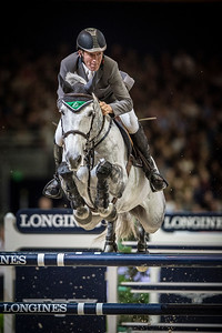France, Lyon :  Ludger BEERBAUM (GER) riding on Chiara 222  in action during the Longines FEI World Cup™ Grand Prix presented by GL Events in Lyon on November 2th, 2014 - Photo Christophe Bricot