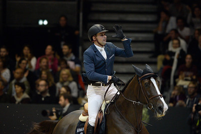 France, Chassieu : Romain DUGUET riding Quorida de Treho  during the Grand Prix Longines FEI world Cup™ presented by GL Events on October 30th , 2016, in Chassieu, France - Photo Christophe Bricot