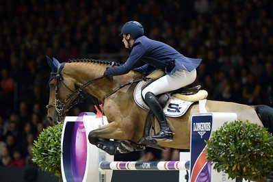 France, Chassieu : Daniel DEUSSER riding Equita van't Zorgvliet during the Grand Prix Longines FEI world Cup™ presented by GL Events on October 30th , 2016, in Chassieu, France - Photo Christophe Bricot