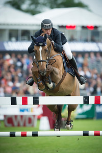 France, Chantilly : Gregory Wathelet riding Algorhythem  during the Longines Global Champions Tour Grand Prix of Chantilly on May 28th , 2016, in Chantilly, France - Photo Christophe Bricot