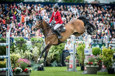 France, Chantilly : Pius Schwizer riding Leonard de la Ferme CH  during the Longines Global Champions Tour Grand Prix of Chantilly on May 28th , 2016, in Chantilly, France - Photo Christophe Bricot