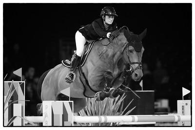 France, Villepinte : Penelope Leprevost riding Vagabond de la Pomme during the Longines Masters Paris, on December 3rd , 2016, in Villepinte, France - Photo Christophe Bricot