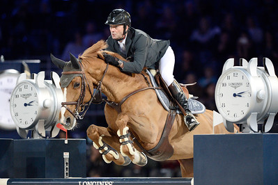 France, Villepinte : Patrice Delaveau  riding Leontine Ledimar HDC during the Longines Masters Paris, on December 3rd , 2016, in Villepinte, France - Photo Christophe Bricot