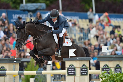 France, Paris : Pedro Veniss riding AD Argos during the Longines Paris Eiffel Jumping, Global Champions Tour in July 2th , 2016, in Paris, France - Photo Christophe Bricot
