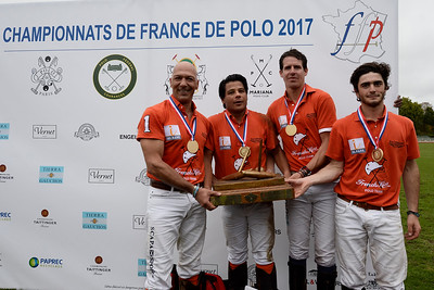 {country}, {city} : Final of the French Polo Championship in Bagatelle, with the team French Kiss ( orange : Brieuc Rigaux, Gérard Bonvicini (cap), Wahib Geagea and Louis Jarrige) and the team of Sainte-Mesme (Robert Ström, Aristide Faggionato, Alexis Apulia of Balkany and Birger Ström), on October 1 , 2017, in {city}, {country} - Photo Christophe Bricot