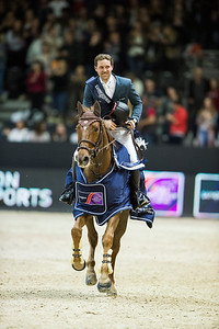France, Lyon : Simon DELESTRE (FRA) riding Hermes Ryan (Winner) during the Longines FEI™ World Cup Jumping , Equita Lyon, on November 5 , 2017, in Lyon, France - Photo Christophe Bricot