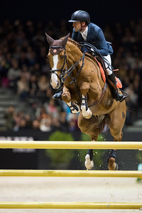 France, Lyon : Simon DELESTRE (FRA) riding Gain Line during the Longines Grand Prix,  Equita Lyon, on November 3 , 2017, in Lyon, France - Photo Christophe Bricot
