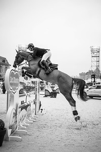 France, Versailles : Julien EPAILLARD riding TOUPIE DE LA ROQUE during the Versailles Castle Show Jumping at the stables of the kings, on May 6th , 2017, in Versailles, France - Photo Christophe Bricot