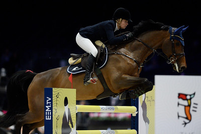 France, Villepinte : Edwina TOPS-ALEXANDER (AUS) riding CALIFORNIA during the Longines Masters of Paris 2017, on November 30 , 2017, in Villepinte, France - Photo Christophe Bricot