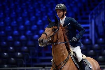 France, Villepinte : Steve GUERDAT (SUI) riding URZO D'ISO during the Longines Masters of Paris 2017, on November 30 , 2017, in Villepinte, France - Photo Christophe Bricot