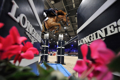France, Villepinte : Kevin STAUT (FRA) riding Ayade de Septon et HDC during the Longines Masters of Paris 2017, on December 2 , 2017, in Villepinte, France - Photo Christophe Bricot