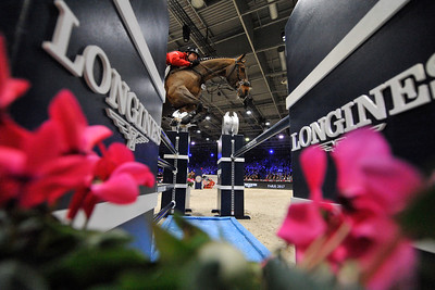 France, Villepinte : Devin RYAN (USA) riding Cooper during the Longines Masters of Paris 2017, on December 2 , 2017, in Villepinte, France - Photo Christophe Bricot