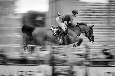 France, Paris : Alberto Zorzi riding Fair Light van T Heike during the Longines Global Champions Tour of Longines Paris Eiffel Jumping, on June 30th , 2017, in Paris, France - Photo Christophe Bricot