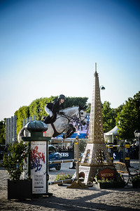 France, Paris : Laura Kraut riding Confu during the Longines Global Champions Tour of Longines Paris Eiffel Jumping, on July 1th , 2017, in Paris, France - Photo Christophe Bricot