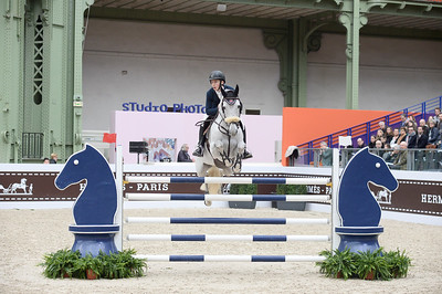 France, Paris : Jack WHITAKER riding Valentin R during the Saut-Hermès Jumping competition in the Grand-Palais, on March 19th , 2017, in Paris, France - Photo Christophe Bricot
