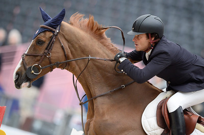 France, Paris : Pedro VENISS riding For Felicila during the Saut-Hermès Jumping competition in the Grand-Palais, on March 19th , 2017, in Paris, France - Photo Christophe Bricot