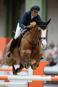 France, Paris : Pilar Lucrecia CORDON riding Gribouille du Lys during the Saut-Hermès Jumping competition in the Grand-Palais, on March 18th , 2017, in Paris, France - Photo Christophe Bricot