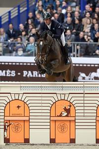 France, Paris : Julien EPAILLARD riding Quatrin de la Roque LM during the Saut-Hermès Jumping competition in the Grand-Palais, on March 18th , 2017, in Paris, France - Photo Christophe Bricot