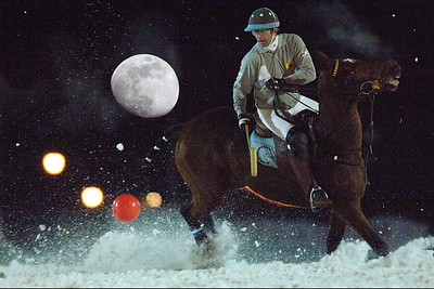 XIII MEGÈVE POLO MASTERS 17-20 JANVIER 2008  Polo sur neige - Megève  Matches qualificatifs de nuit. Jour 2  © Christophe Bricot