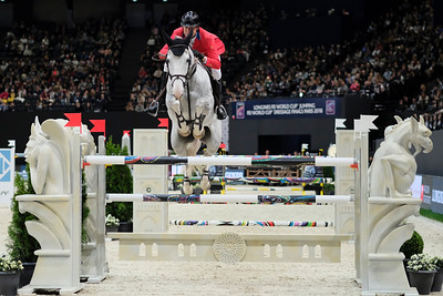 Paris, France : Devin RYAN (USA) riding EDDIE BLUE during the FEI World Cup Finals at the Accor Hotel Arena - Avril 11-15, on April 13, 2018, in Paris, France - Photo Christophe Bricot