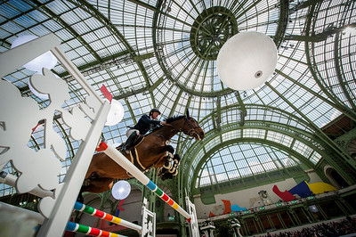 Paris, France : Michael WHITAKER (GBR) riding JB'S HOT STUFF during the Saut-Hermès in the Grand Palais, on March 16, 2018, in Paris, France - Photo Christophe Bricot