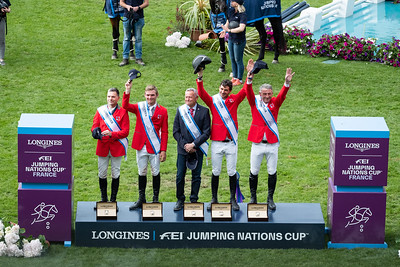 France, La Baule : winners, Switzerland team : chef d'équipe Andy Kistler, Niklaus Rutsci,Bryan Balsiger, Paul Estermann and Steve Guerdat during the Longines FEI Jumping Nations Cup™ de France-La Baule, on May 17th , 2019, in La Baule, France - Photo Christophe Bricot