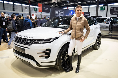 {country}, {city} : dedications/signings by Pénélope Leprévost, Range Rover official sponsoring during the Jumping International in Bordeaux, western France, on February 10th , 2019, in {city}, {country} - Photo Christophe Bricot / CEB