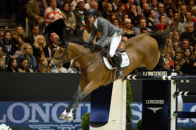 France, Lyon :  Rodrigo PESSOA (BRA) riding on CITIZENGUARD CADJANINE Z  during the Longines Grand Prix 2013  - LONGINES FEI WORLD CUP™- Equita Lyon 2013 - Photo Christophe Bricot