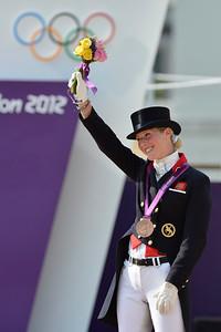 EQUITATION - LAURA BECHTOLSHEIMER (MISTRAL HOJRIS) MEDAILLE DE BRONZE FINALE INDIVIDUELLE - DRESSAGE - JEUX OLYMPIQUES DE LONDRES 2012 - OLYMPICS GAMES IN LONDON -  PHOTO : © CHRISTOPHE BRICOT